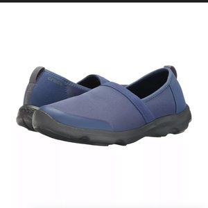 Crocs Duet Busy Day 2.0 Satya Flat Slip On Shoes
